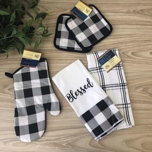Other - Buffalo Check & Plaid Blessed Towel and Pot Holder